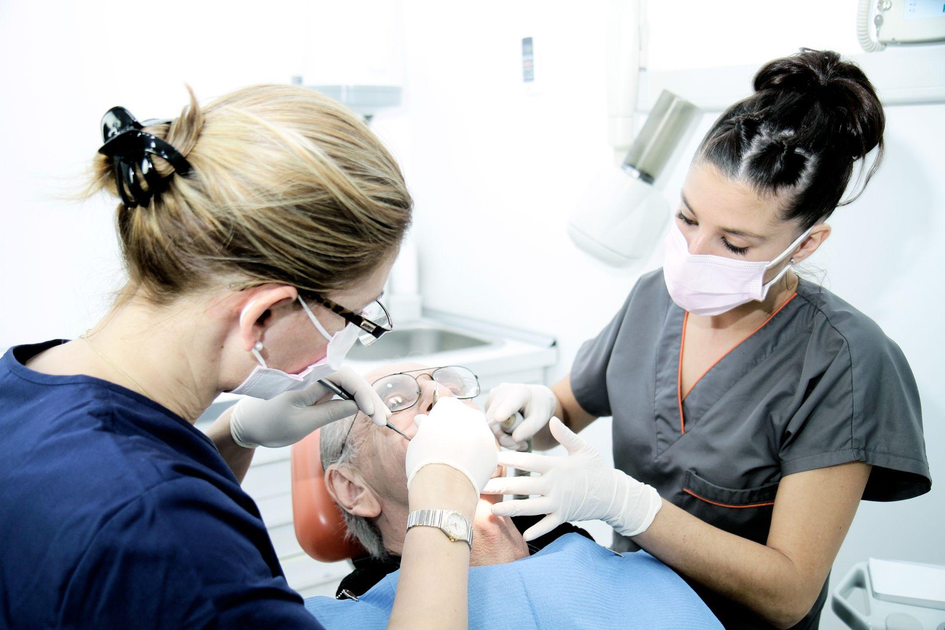dental-imagen-home-slider-trabajo